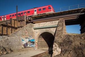 Ansicht Bahnbrücke aus Westen.