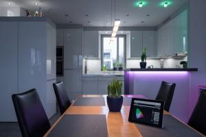 Farbliche LED-Steuerung mithilfe einer App.