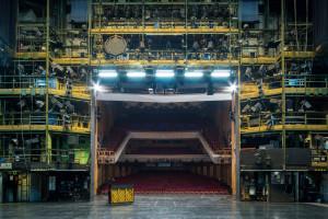 Blick von der Bühne des DNT in den Zuschauerraum.