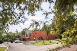 Jena: Krematorium auf dem Nordfriedhof / Hufelandweg 4 / Arge Helk Architekten und Ingenieure GmbH + Helk, Schulz & Dr. Prabel Ingenieurgesellschaft mbH, Mellingen |   Bauherr: Kommunalservice Jena