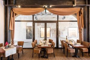 Historische Holzbogen im Restaurant Zur Sonne